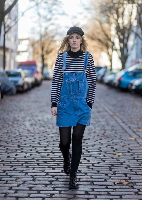 Blue, Clothing, Black, Photograph, Street fashion, Tights, Fashion, Cobalt blue, Electric blue, Snapshot,