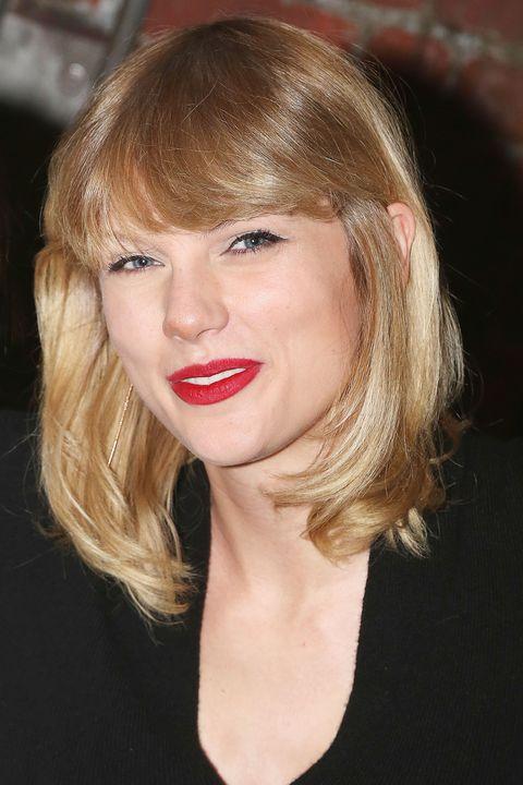 Hair, Face, Lip, Hairstyle, Blond, Chin, Eyebrow, Beauty, Head, Bangs,