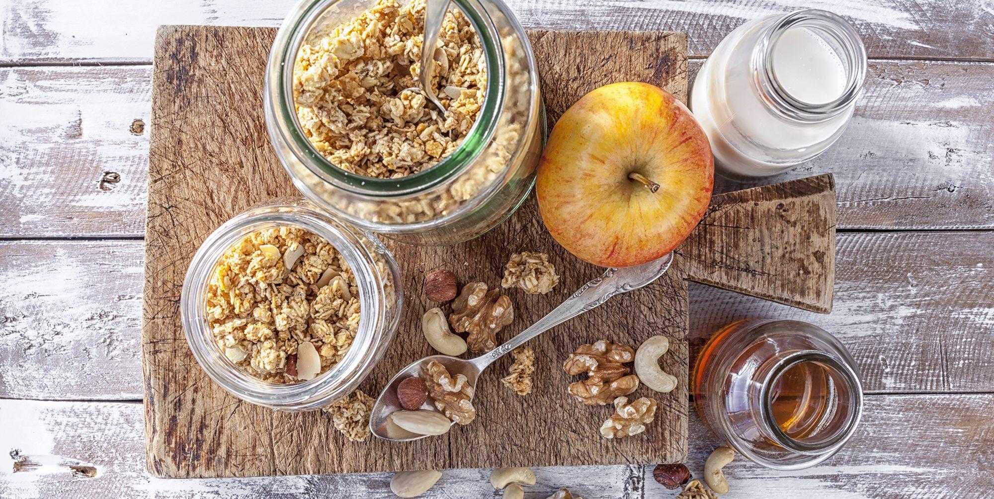 desayuno cereales leche miel manzana