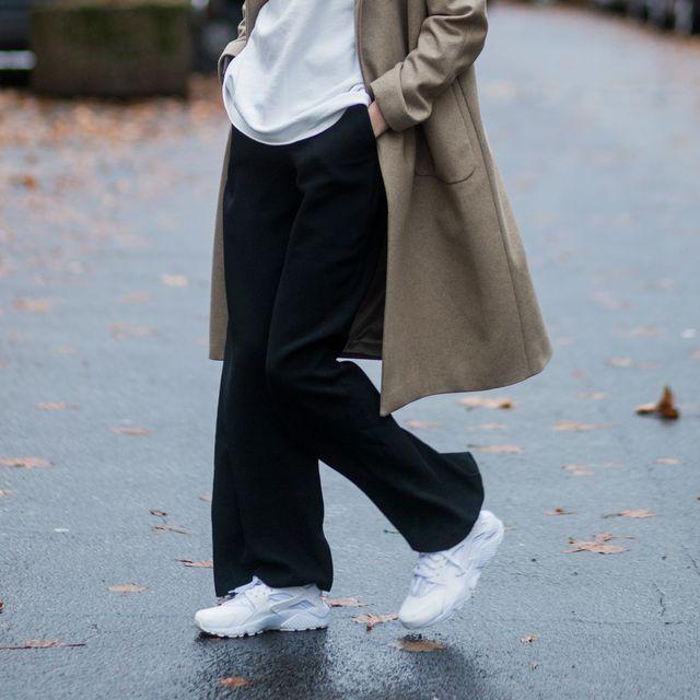 las zapatillas blancas de decathlon de las estilistas de moda