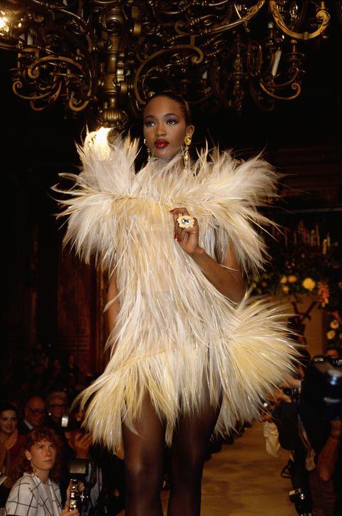 Fashion, Fur clothing, Fashion show, Fur, Feather, Fashion design, Haute couture, Runway, Fashion model, Outerwear,