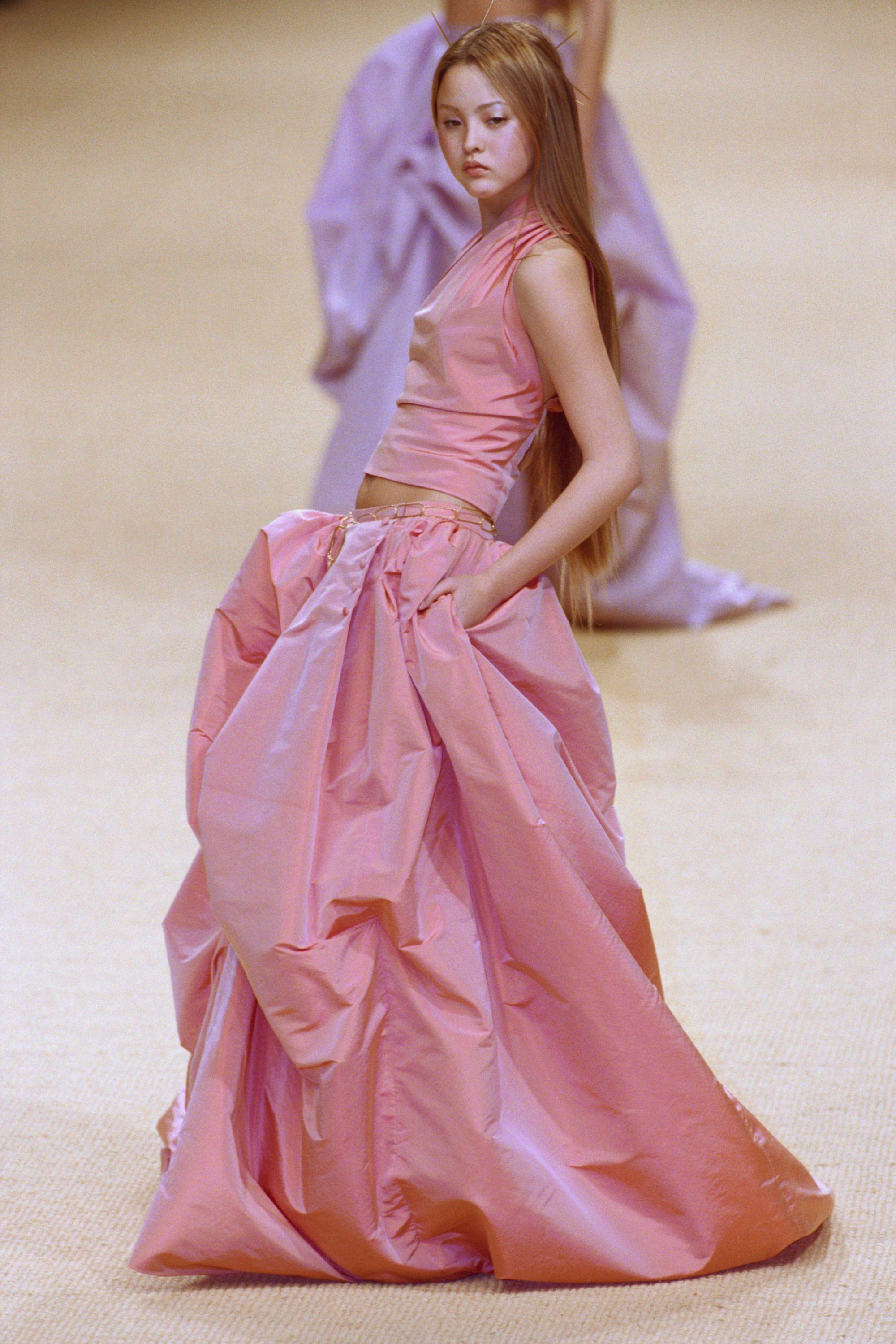3f3f9c1d Why Are We So Obsessed With The 90s? - 90s Fashion Trend