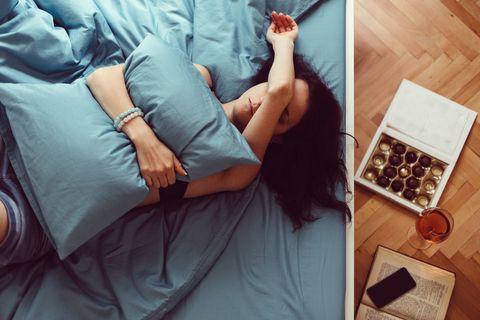 Arm, Leg, Hand, Room, Furniture, Photography, Finger, Nap, Sleep, Leisure,