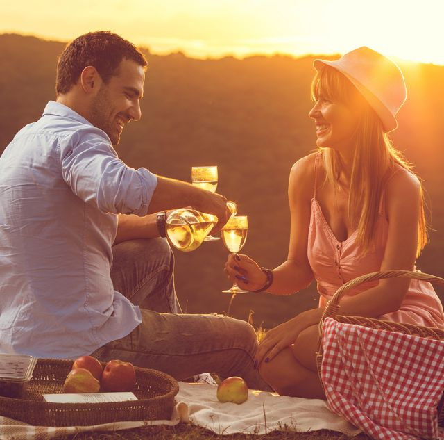 Summer Date Ideas That Make the Most of Warm Weather