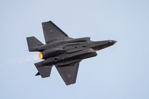 Aircraft, Airplane, Military aircraft, Air force, Fighter aircraft, Vehicle, Aviation, Flight, Air show, Jet aircraft,