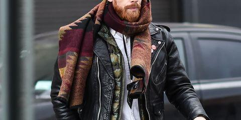 street style, hombre, bufanda hombre