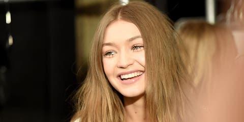 Hair, Face, Blond, Beauty, Hairstyle, Lip, Skin, Eyebrow, Long hair, Smile,