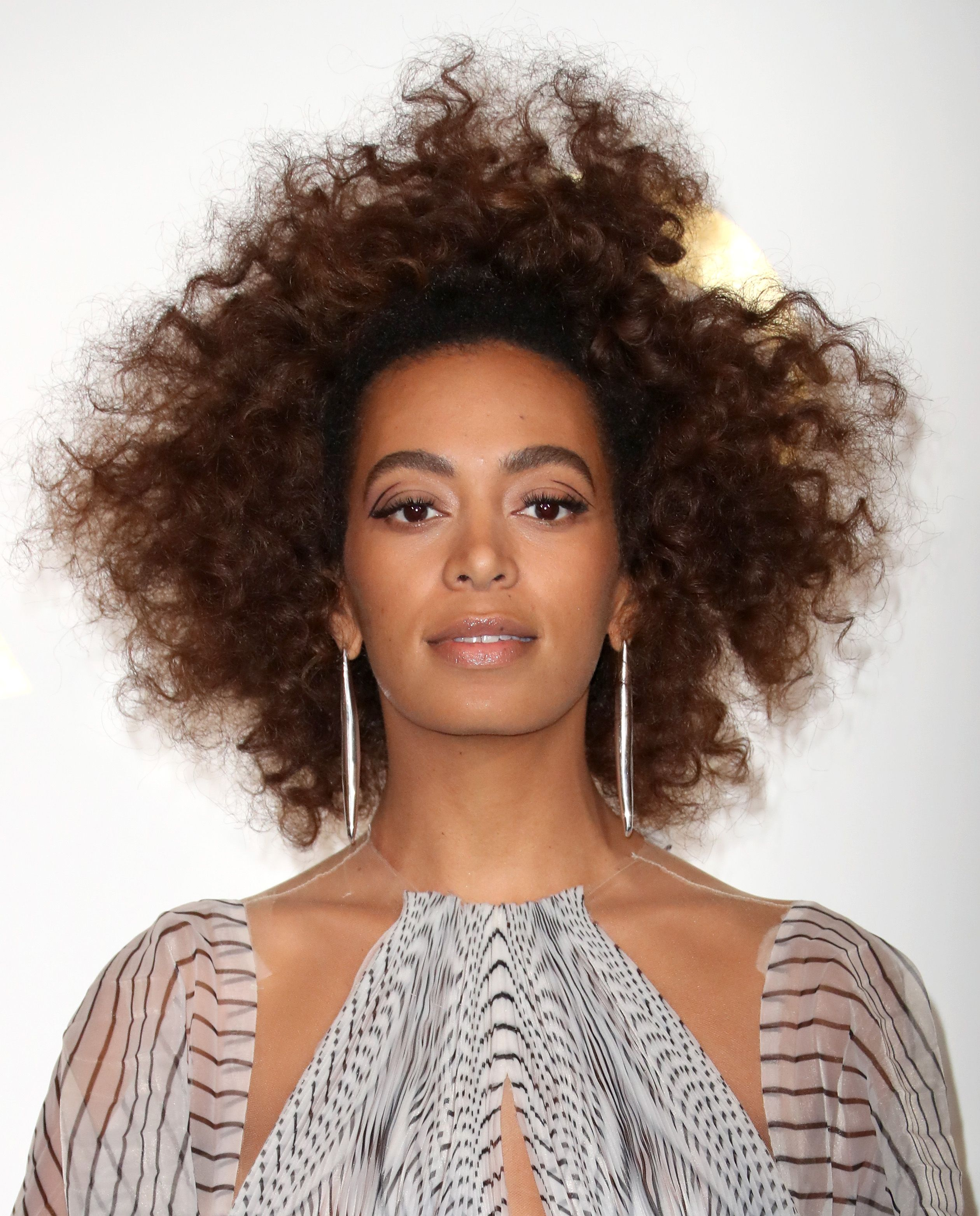 Solange's Sky-High Curls