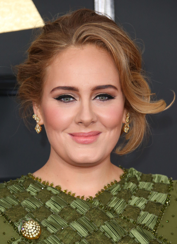 E se Adele rimpiazzasse Victoria Beckham nella prossima reunion delle Spice Girls?