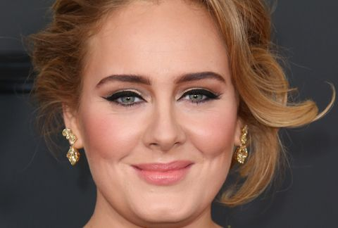 adele arrives at the 59th grammy awards