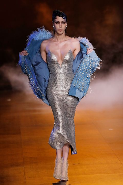Fashion, Fashion model, Haute couture, Fashion show, Blue, Runway, Beauty, Fashion design, Event, Human,
