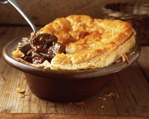 beef and stilton pie