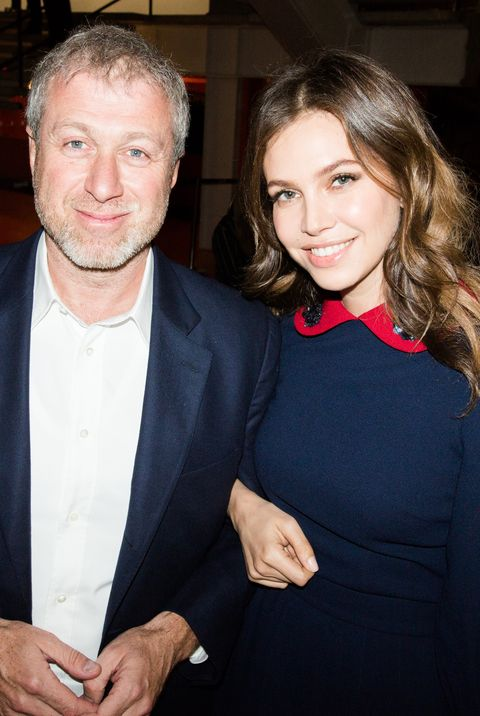 moscow, russia   march 09 roman abramovich and dasha zhukova attend the preview of the spring exhibition season at garage museum of contemporary art on march 9, 2017 in moscow, russia photo by team boykogetty images