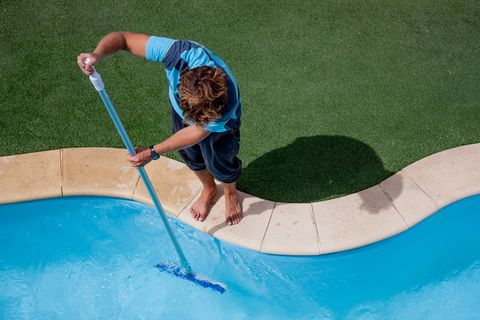 How to Get Your Swimming Pool Ready for Summer