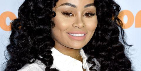 Lip, Cheek, Jheri curl, Hairstyle, Forehead, Eyebrow, Ringlet, Black hair, Style, Beauty,