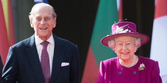 london, england   march 13  queen elizabeth ii and prince philip, duke of edinburgh attend the launch of the queens baton relay for the xxi commonwealth games being held on the gold coast in 2018 at buckingham palace on march 13, 2017 in london, england  photo by samir husseinsamir husseinwireimage