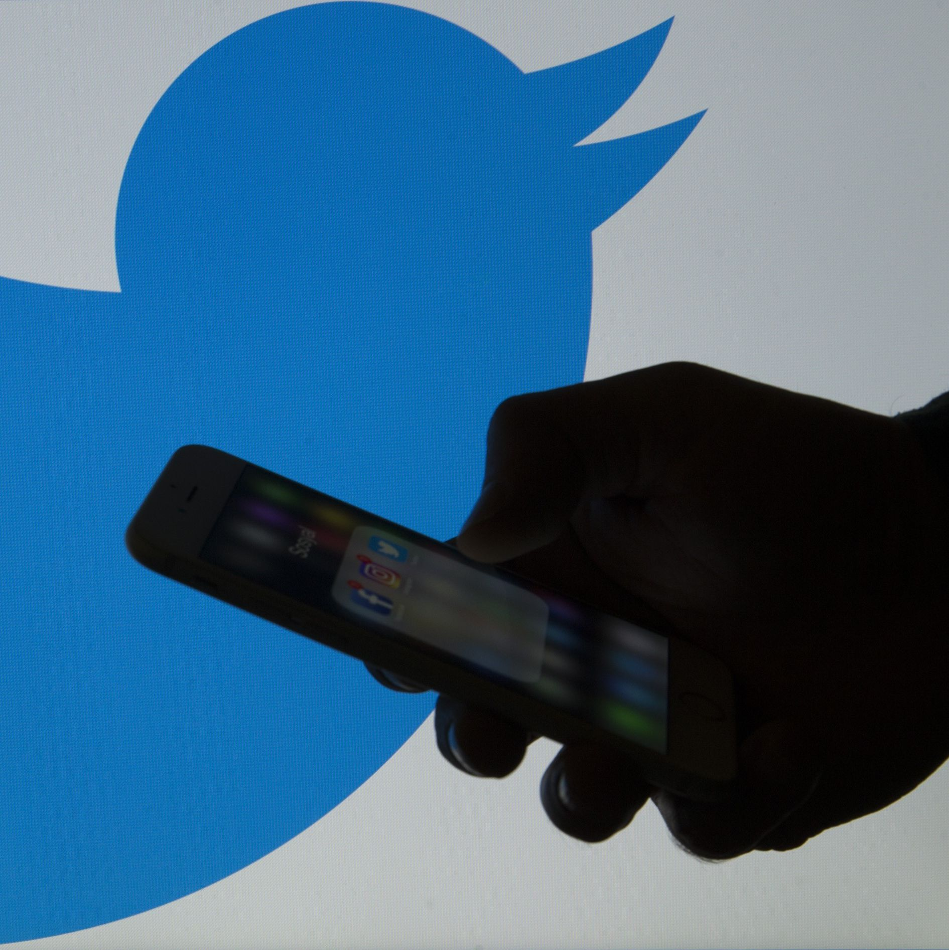 Twitter Wants To Stop Pile-Ons With A 'Clarification' Button. Here's How It Would Work
