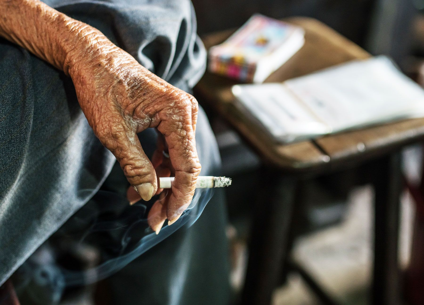 Communication on this topic: 6 Ways Smoking Makes You Look Older, 6-ways-smoking-makes-you-look-older/