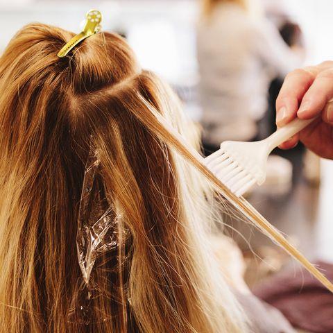 Hair, Hairdresser, Hairstyle, Makeup artist, Beauty salon, Hair coloring, Beauty, Long hair, Blond, Step cutting,