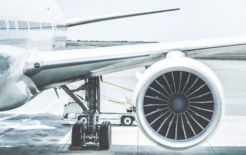Airplane, Airliner, Airline, Vehicle, Jet engine, Aircraft, Aerospace engineering, Aviation, Aircraft engine, Air travel,