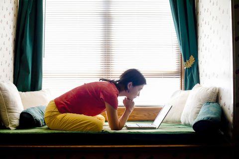 Window, Light, Snapshot, Room, Sitting, Human, Curtain, Sunlight, Furniture, Textile,