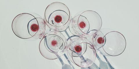 Stemware, Drinkware, Glass, Transparent material, Wine glass, Tableware, Circle, Still life photography, Dishware, Plate,