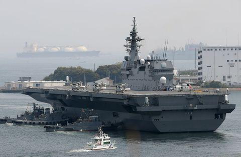 Vehicle, Naval ship, Warship, Ship, Navy, Boat, Battleship, Watercraft, Amphibious warfare ship, Amphibious assault ship,