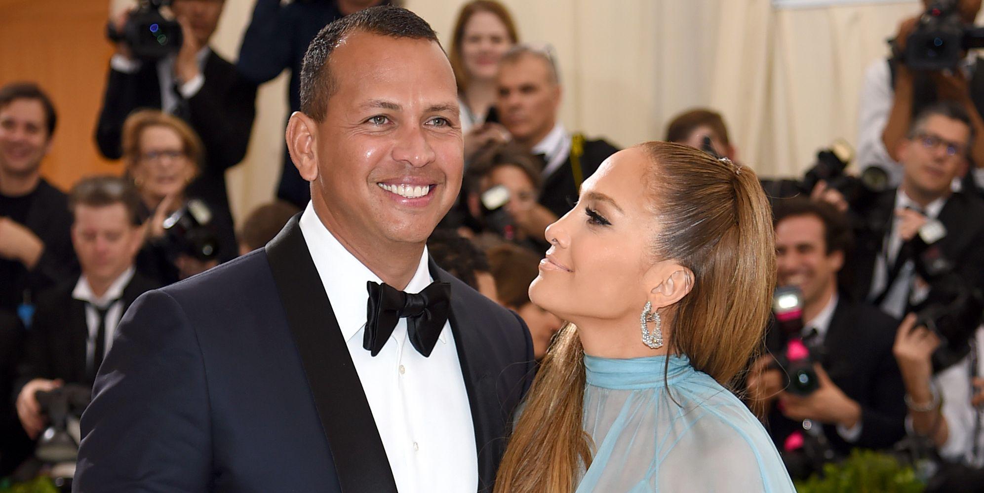 Jennifer Lopez Just Revealed How Alex Rodriguez Surprised Her on Valentine's Day