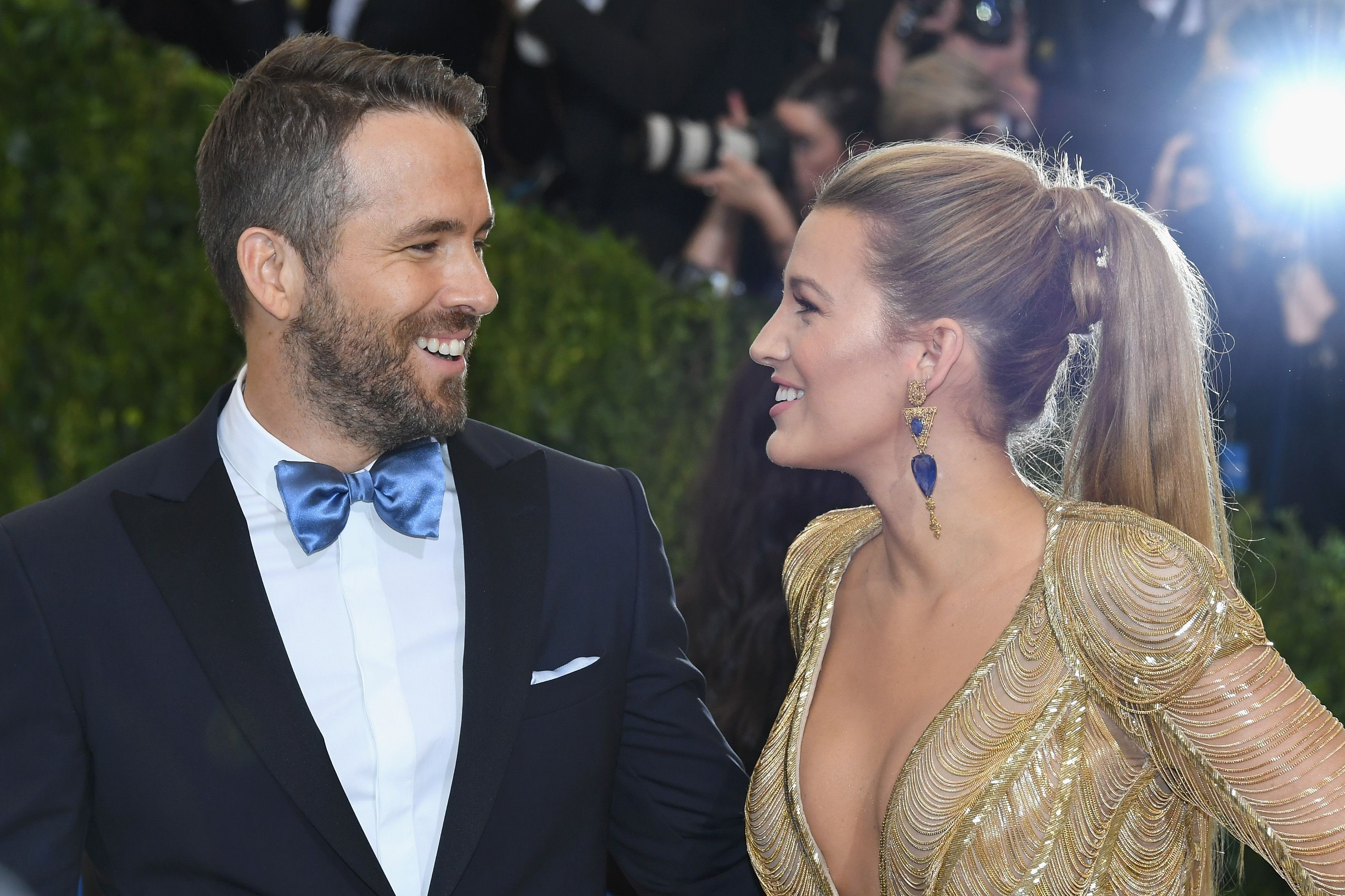 Ahhhh Blake Lively Left the Flirtiest Comment on Ryan Reynolds' Instagram