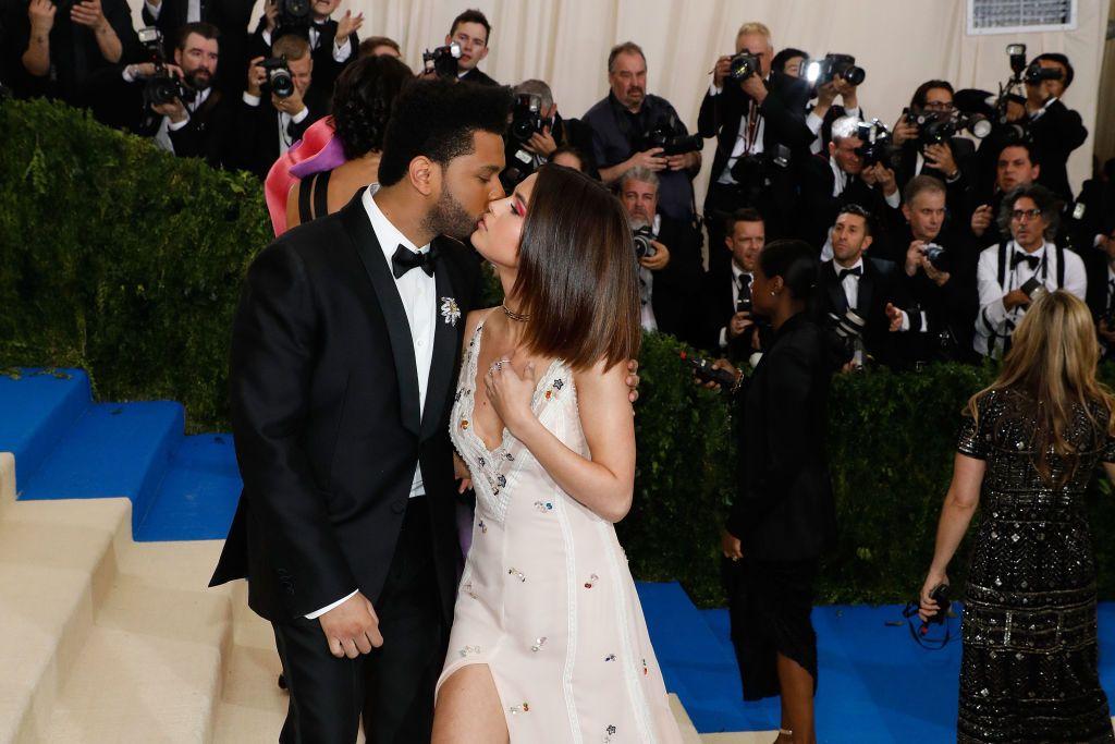 The Weeknd y Selena Gomez La nueva canción de The Weeknd