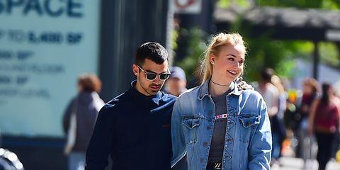 Street fashion, People, Clothing, Fashion, Jeans, Snapshot, Denim, Footwear, Walking, Shoe,