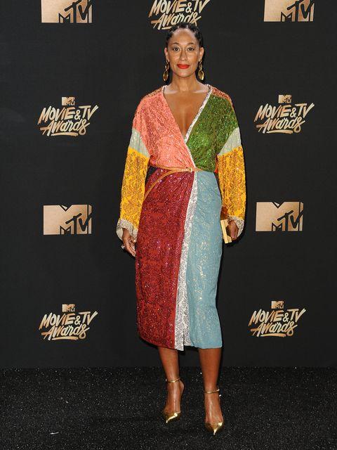 Clothing, Dress, Carpet, Premiere, Fashion, Cocktail dress, Hairstyle, Red carpet, Fashion model, Footwear,