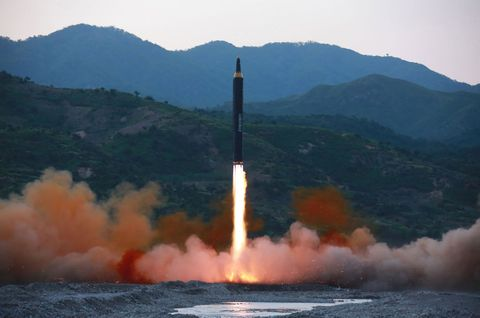 Rocket, Missile, Vehicle, Geological phenomenon, Cruise missile submarine, Pollution, Launch, Spacecraft, Speedboat, Boat,