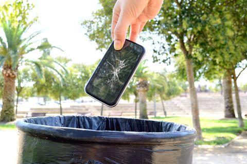 Smartphones trash
