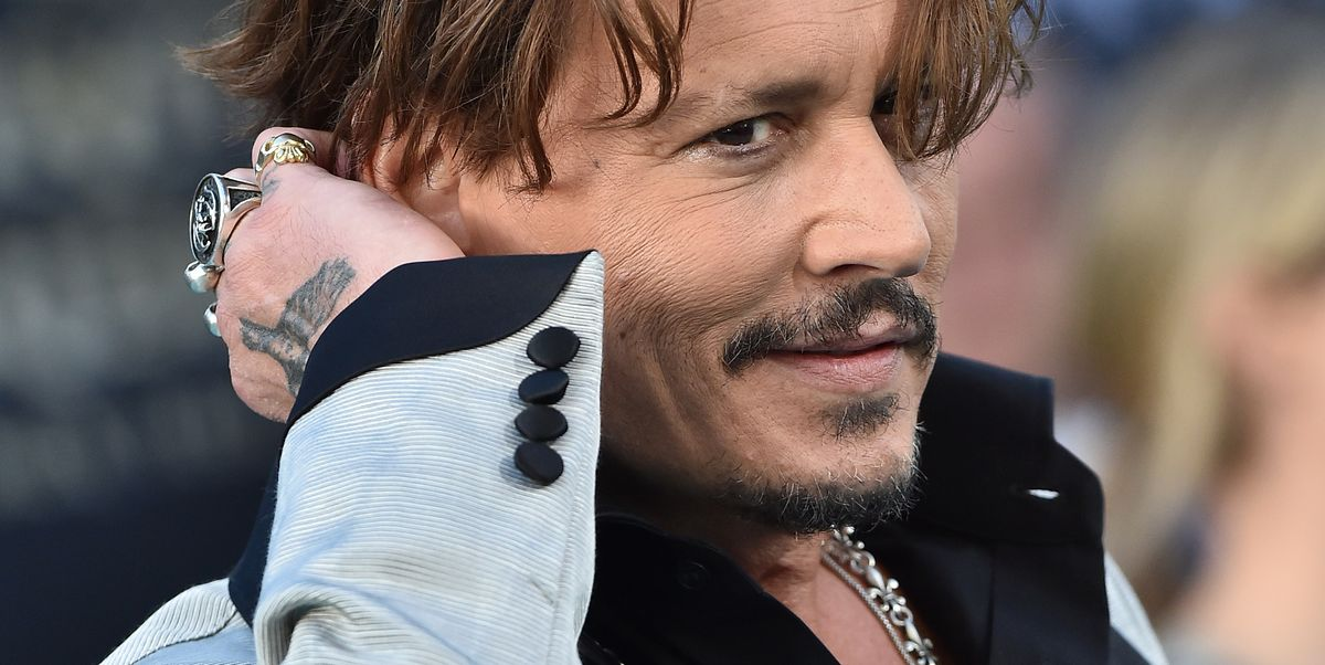 Johnny Depp Allegedly Spend an Insane Amount of Money on a Couch Owned by the Kardashians