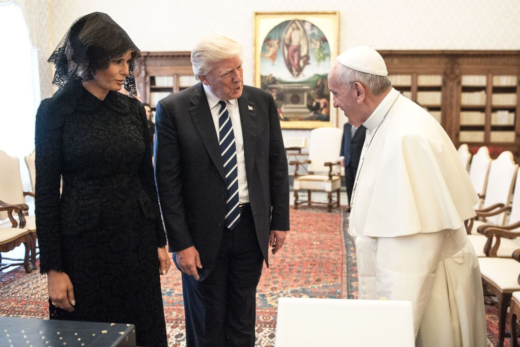 president trump and melania meet the pope