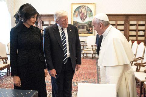 president trump and melania meet the pope