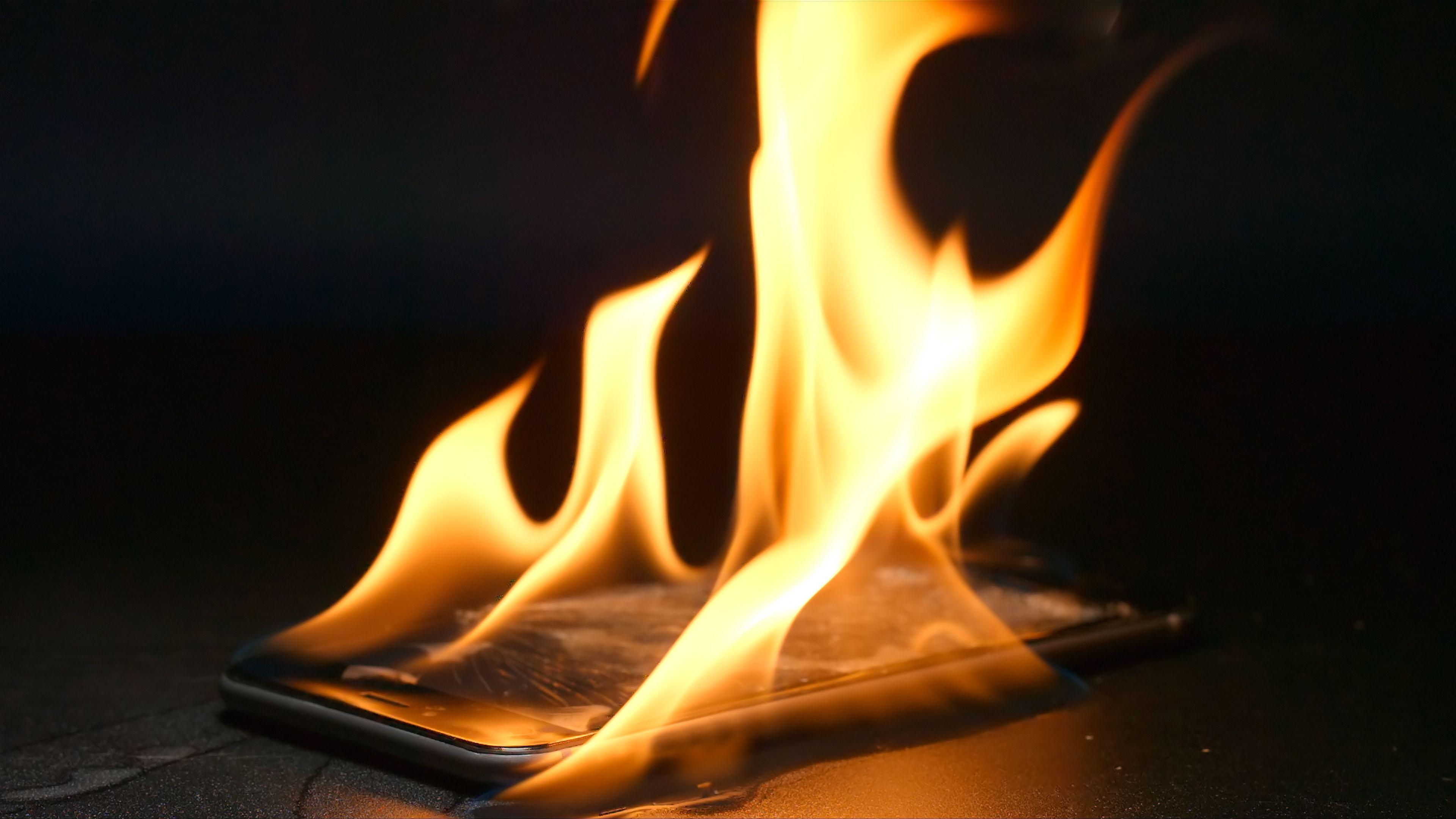 Gli smartphone stanno distruggendo il pianeta