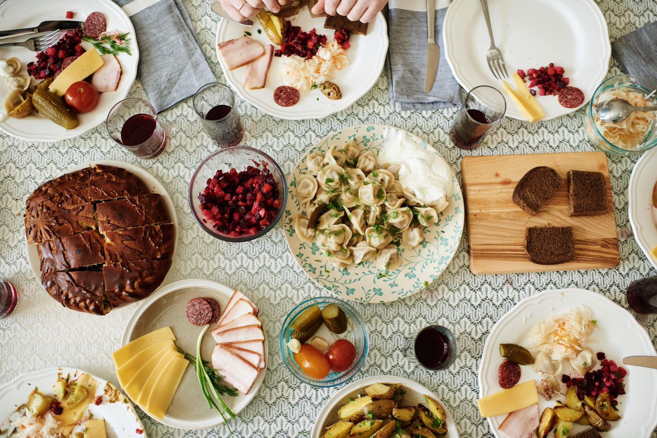 Breve guida allo zakuski, l'aperitivo russo