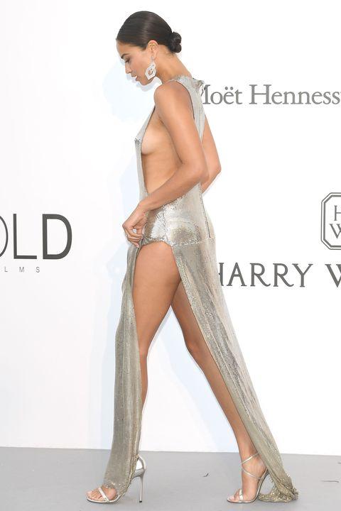 Human, Leg, Skin, Human leg, Shoulder, Joint, Style, Waist, Foot, Thigh,