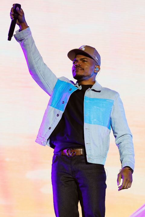 Purple, Performance, Pink, Music, Fashion, Standing, Performing arts, Music artist, Event, Rapper,