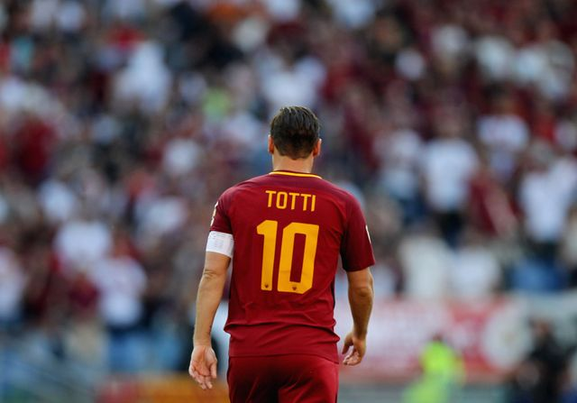 rome, italy   may 28  francesco totti of as roma from shoulders for his last match during the serie a match between as roma and genoa cfc at stadio olimpico on may 28, 2017 in rome, italy  photo by paolo brunogetty images