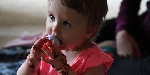 Lip, Finger, Hand, Child, Taste, Toddler, Drinking, Nail, Food craving, Eating,