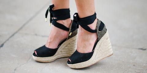 Footwear, Shoe, Black, Ankle, Leg, Joint, Human leg, Fashion, High heels, Street fashion,