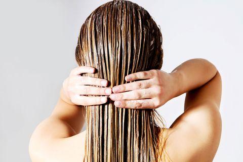 Hair, Hairstyle, Long hair, Hair coloring, Hand, Brown hair, Comb, Back, Artificial hair integrations, Black hair,