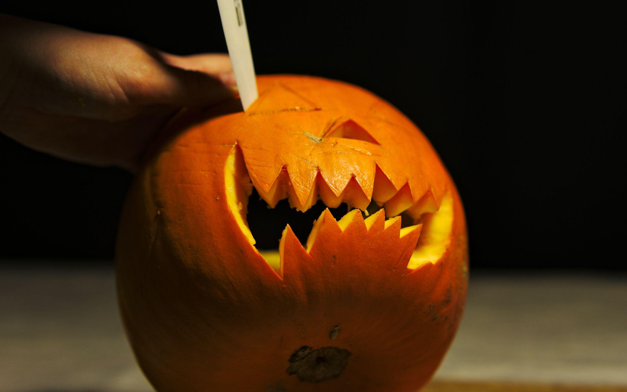 Pumpkin carving tools halloween