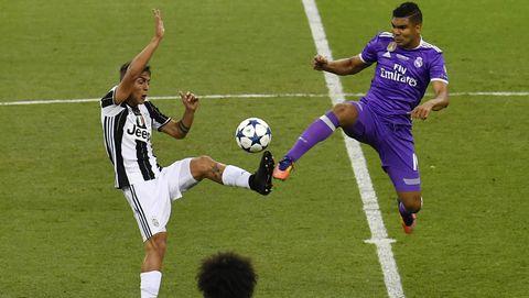 Player, Sports, Sport venue, Sports equipment, Team sport, Ball game, Football player, Football, Tournament, Soccer player,