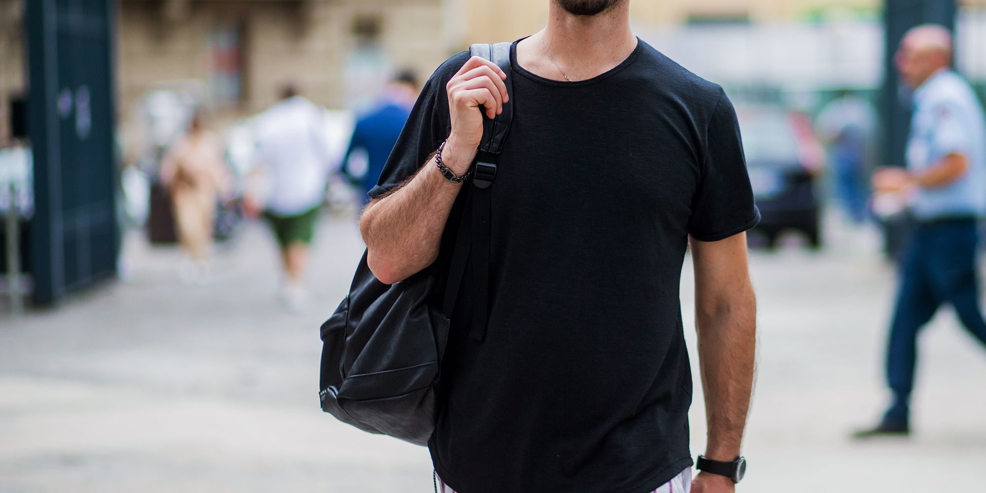 98465f5ddd82 13 Best Black T-shirts for Men 2018 - Black T-Shirts for Every Budget