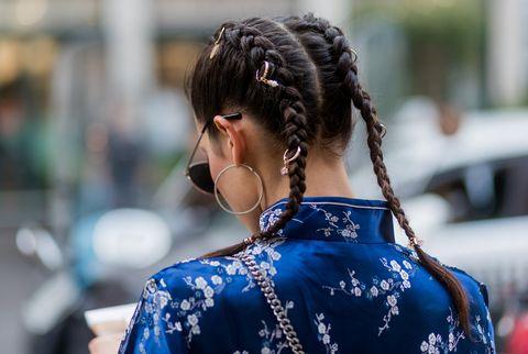 Hair, Hairstyle, Blue, Beauty, Street fashion, Fashion, Black hair, Long hair, Tradition, Glasses,