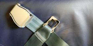 seatbelt, plane seat